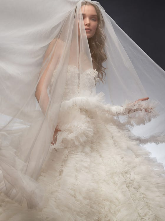 parte delantera vestido novia princesa escote corazon tul agata