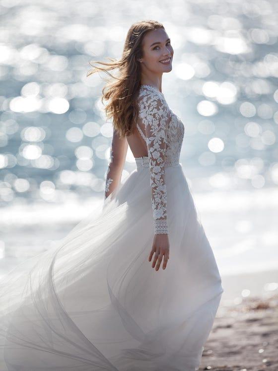 parte trasera vestido novia a line escote pico jumala