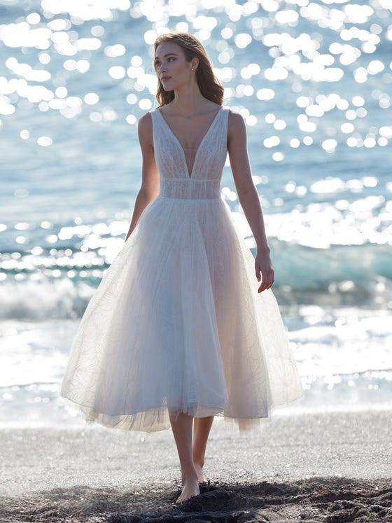 parte delantera vestido novia evase escote pico nausicaa